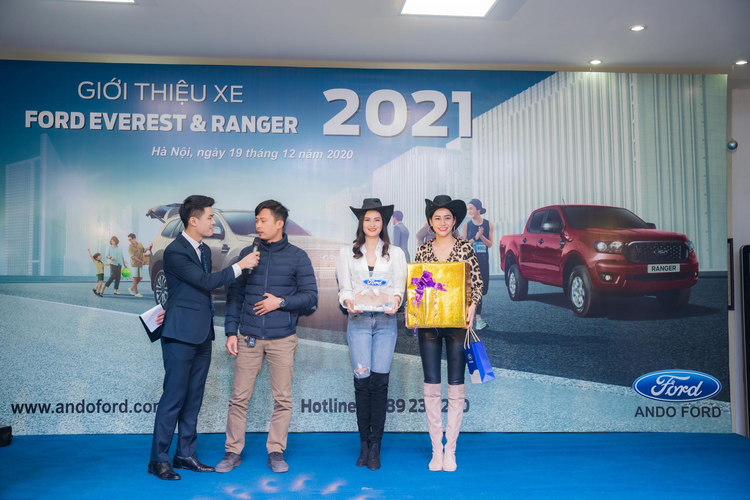 Sự kiện ra mắt cặp đôi Ford Everest & Ford Ranger Mới